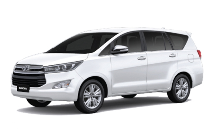 toyota-innova-crysta-super-white